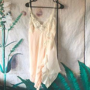 Cabernet vintage 90's sheer nightie lingerie med